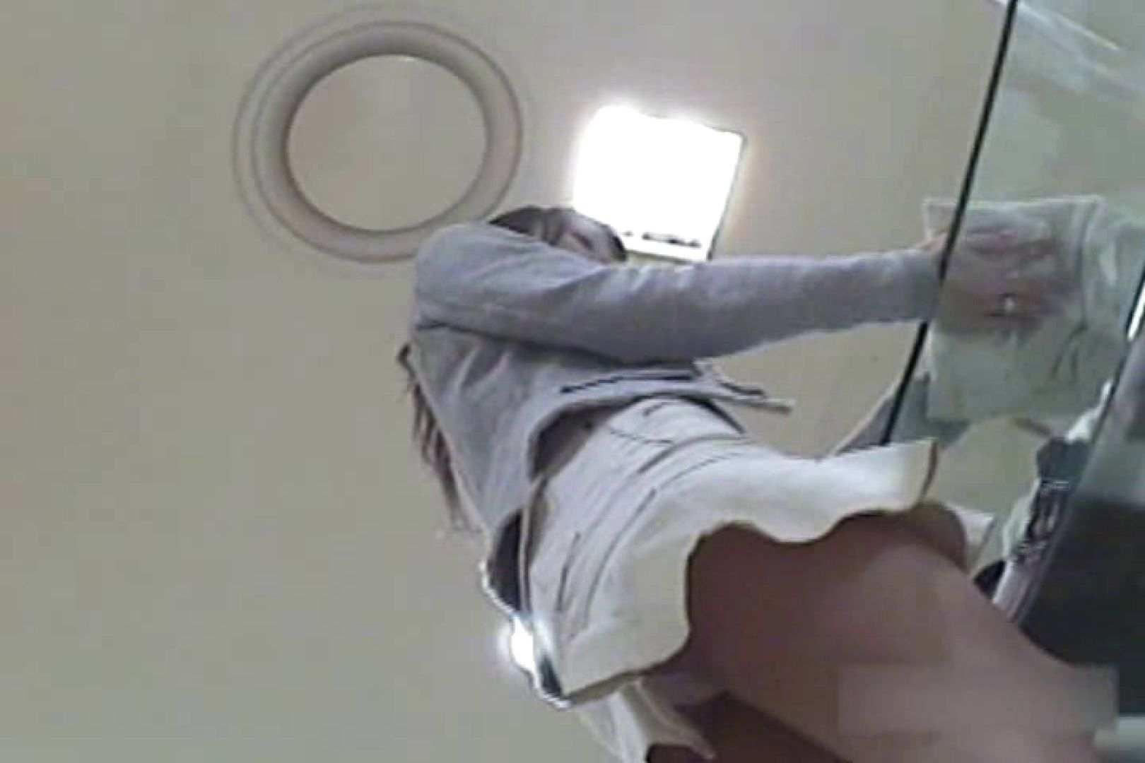 ショップ店員のパンチラアクシデント Vol.19 パンツ大放出 のぞき濡れ場動画紹介 103pic 74