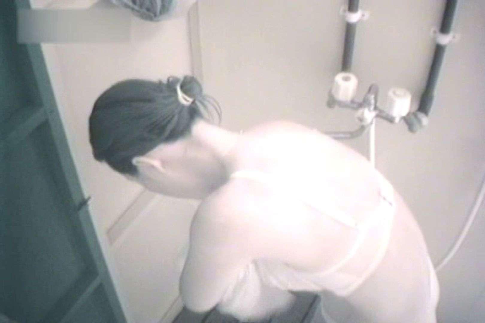夏海シャワー室!ベトベトお肌をサラサラに!VOL.02 美女  94pic 35