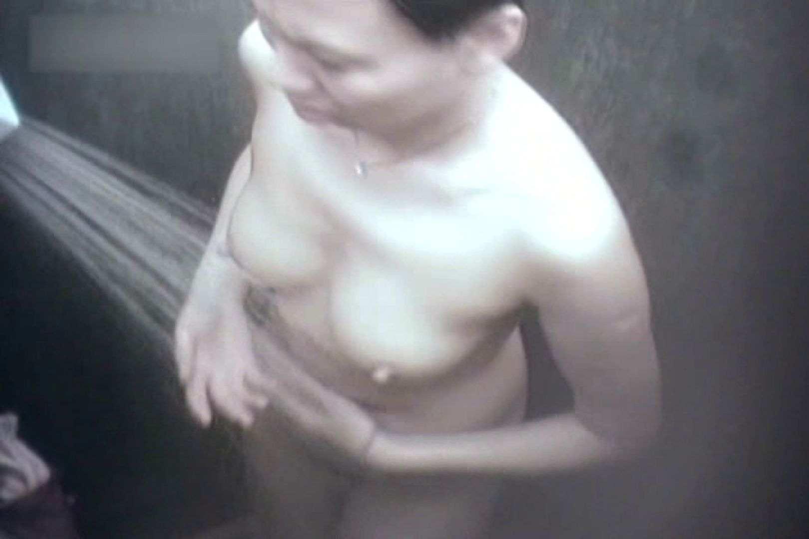 夏海シャワー室!ベトベトお肌をサラサラに!VOL.02 おっぱい特集 AV無料動画キャプチャ 94pic 43