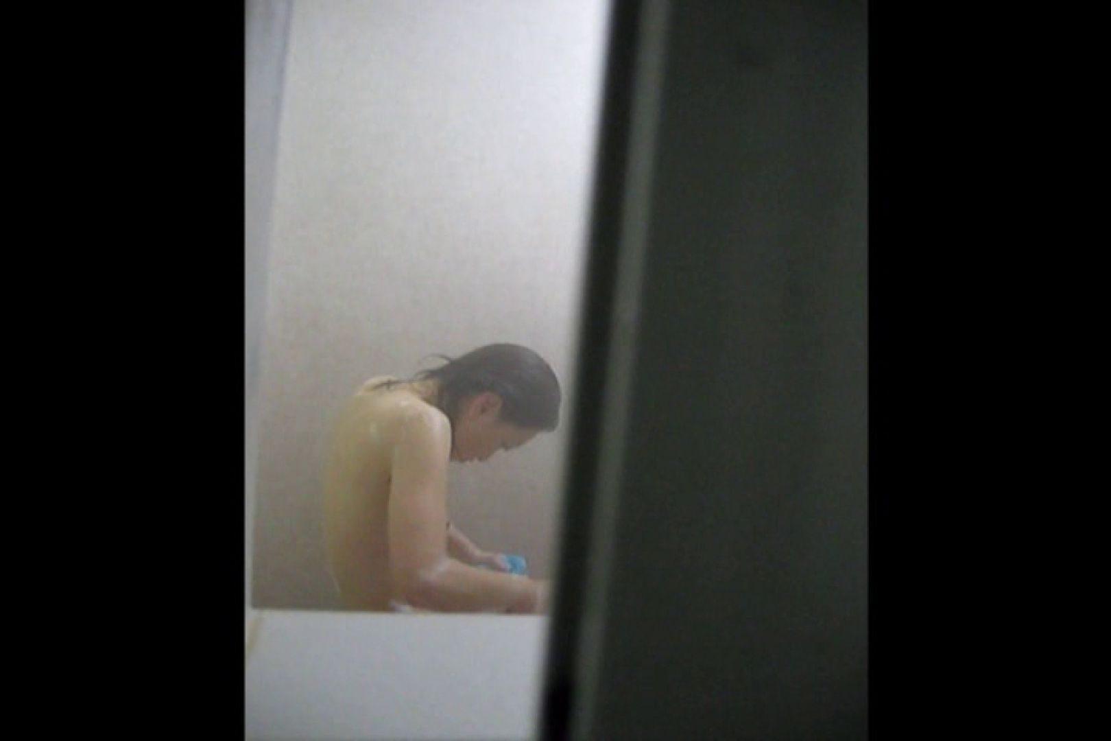 投稿者ハイロスさんのドキドキ覗き主観!VOL.01(一般女性5名 民家浴場編) 民家  96pic 16