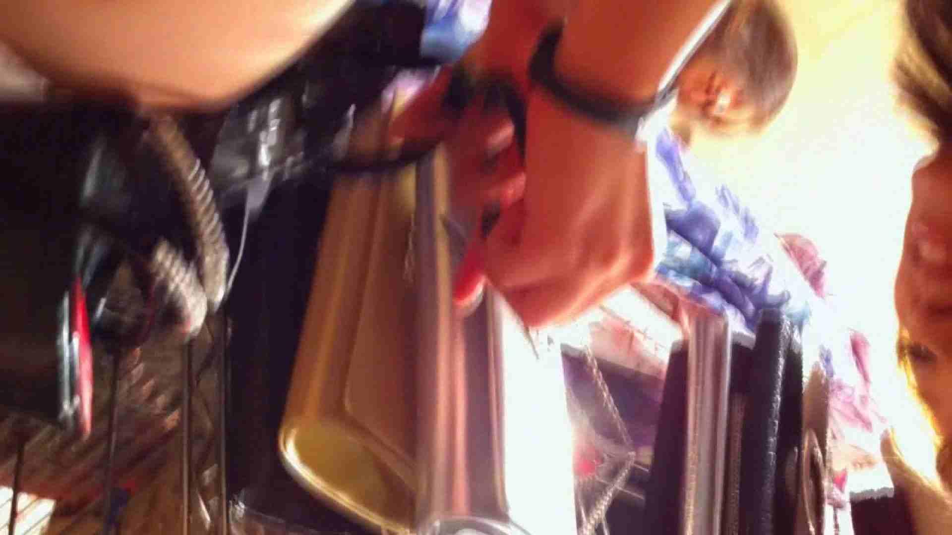 フルHD ショップ店員千人斬り! 大画面ノーカット完全版 vol.23 パンチラ放出 盗撮エロ画像 30pic 26