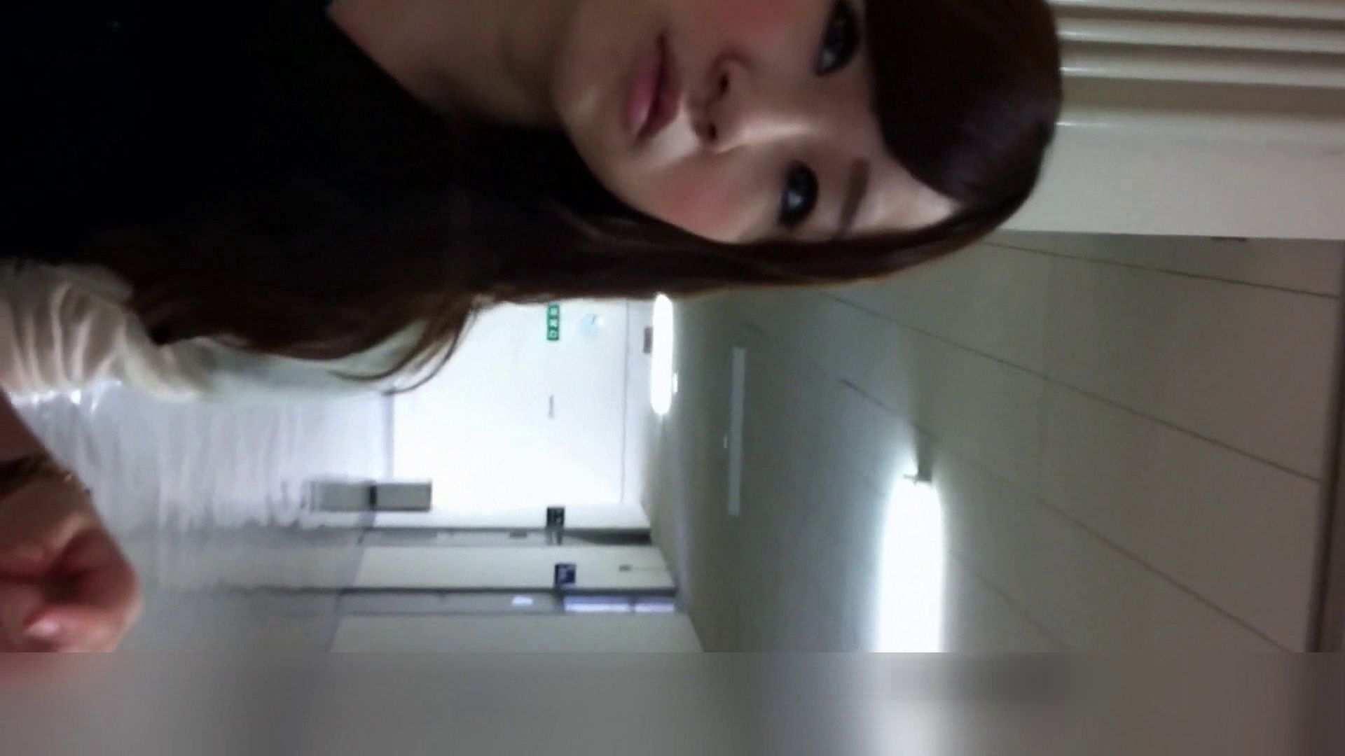 お姉さんの恥便所盗撮! Vol.24 お嬢様の実態 ワレメ動画紹介 20pic 11